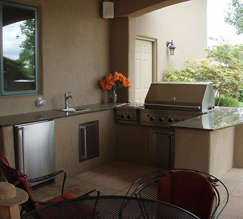 custom-outdoor-kitchen-designer